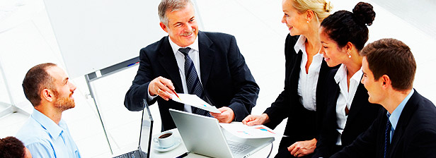 accompagner les directeurs de département, manager les projets stratégiques de département